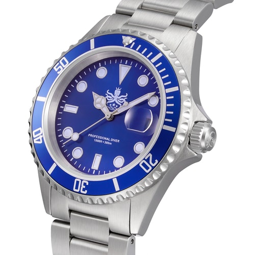 Phoibos PX002B 300m Dive Watch Swiss Quartz Blue
