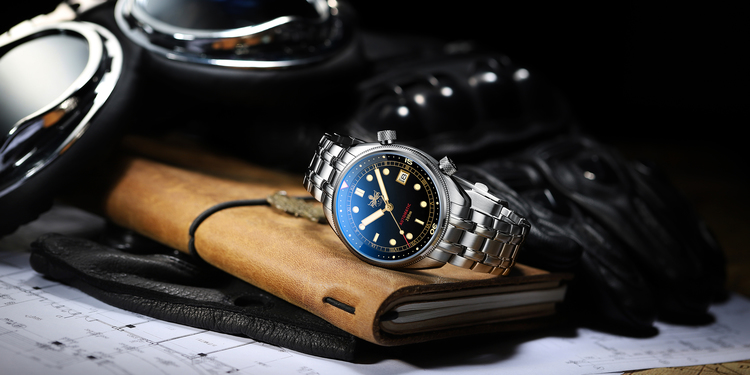 Phoibos Eagle Ray PY029D Automatic 200M