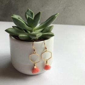 Hexagon tassel earrings - Coral