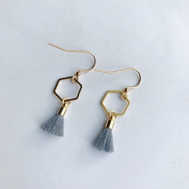 Hexagon tassel earrings - Grey