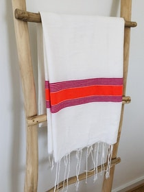 White & Red Sarong