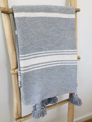 Medium - Grey and white blanket