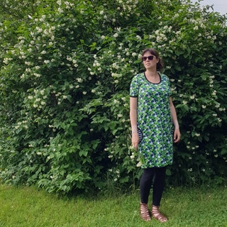 LADYJEN-klänning Små Harsyra