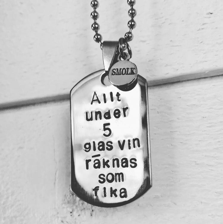 Smolk- Allt under fem glas vin räknas...