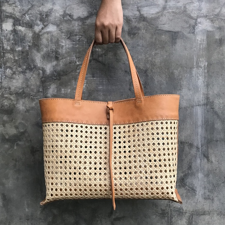 FÖRBOKA- Alixtra Rattan Bag Brown