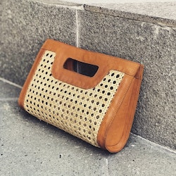 Alixtra Rattan Clutch tan