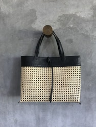 Alixtra Rotting Shopper Bag Black