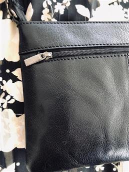 Biori crossbody clutch 5118 svart