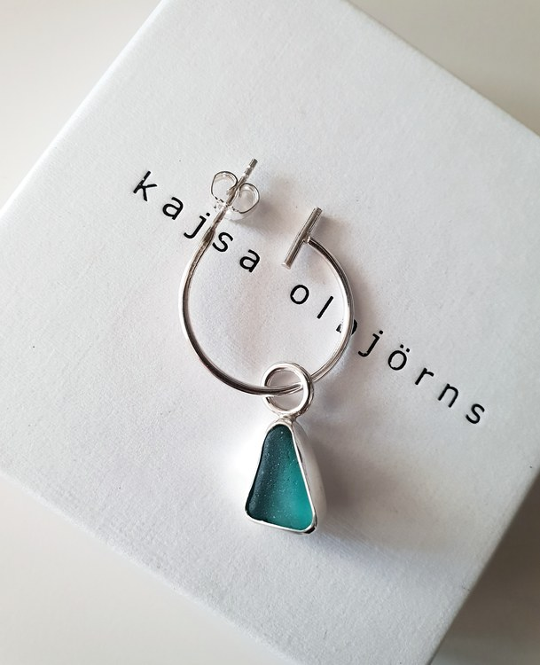BEACH GLASS EARRING