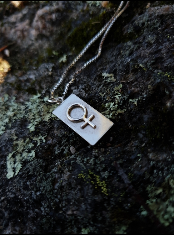 LILITH TAG NECKLACE