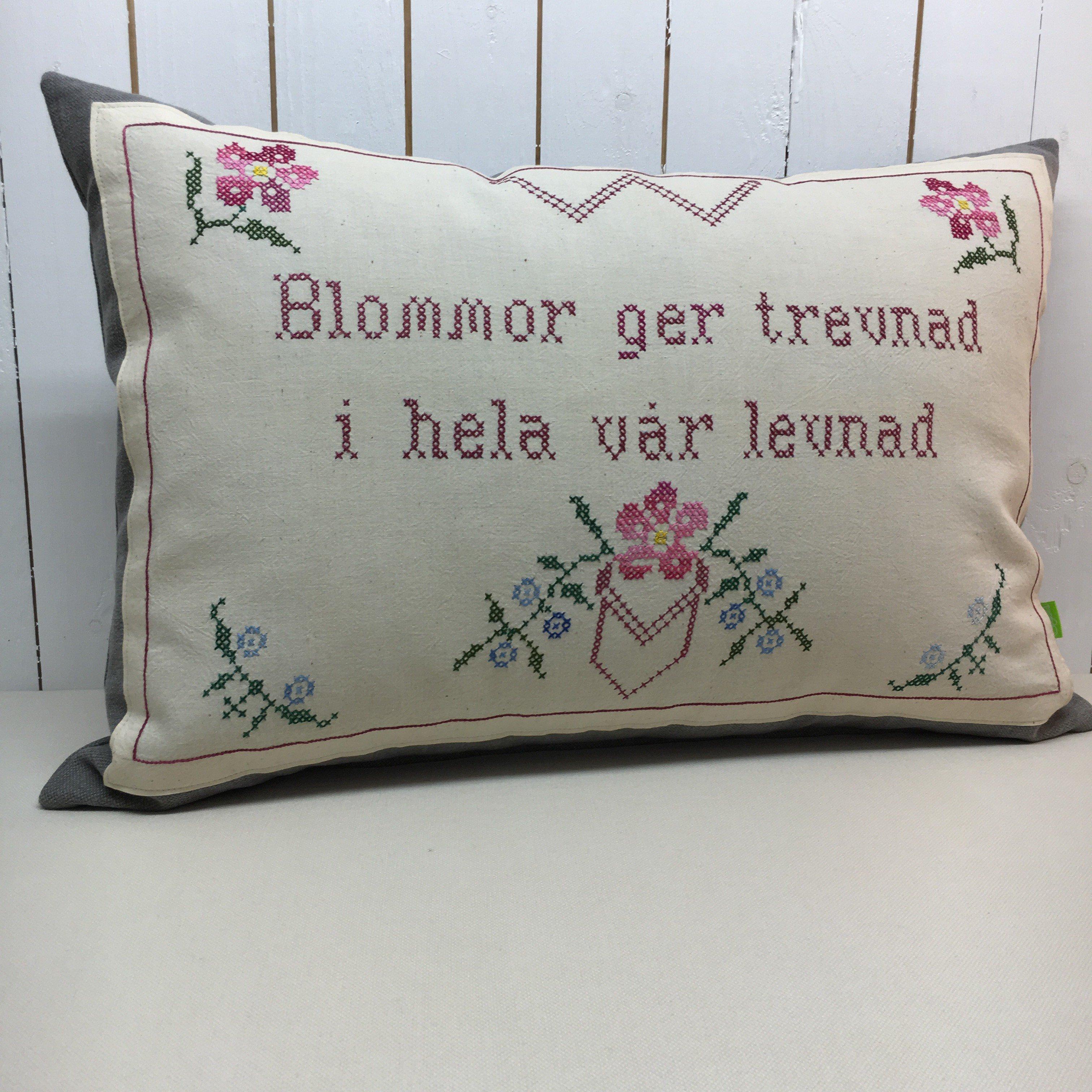 Bonadskudde Blommor ger trevnad