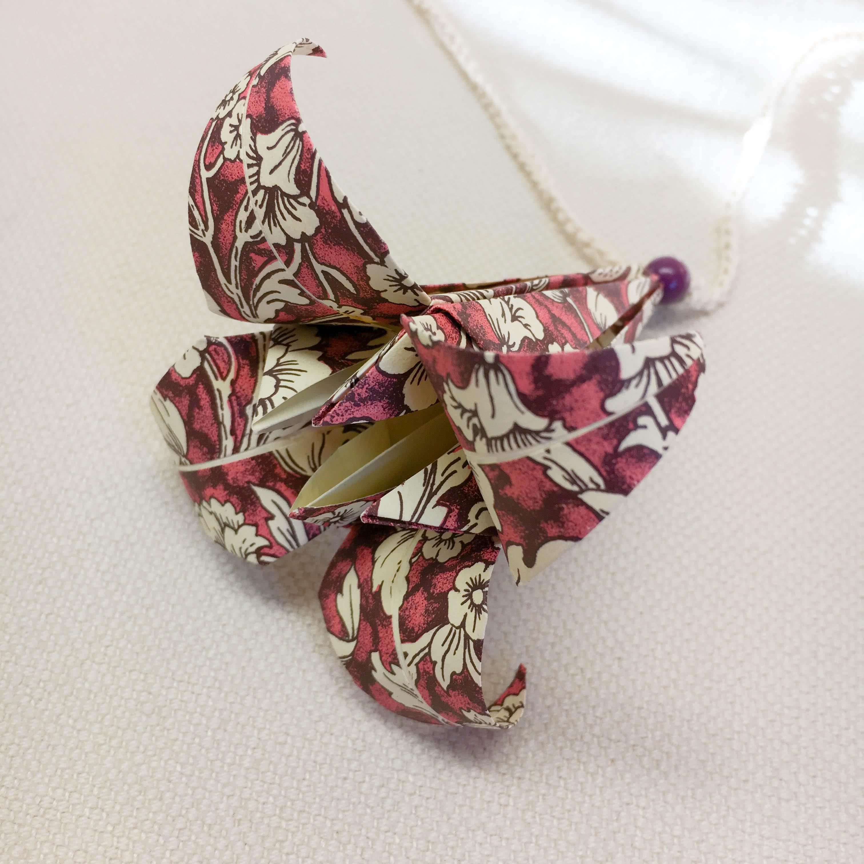 Origami-slinga Plommon