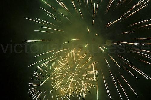 Fireworks green