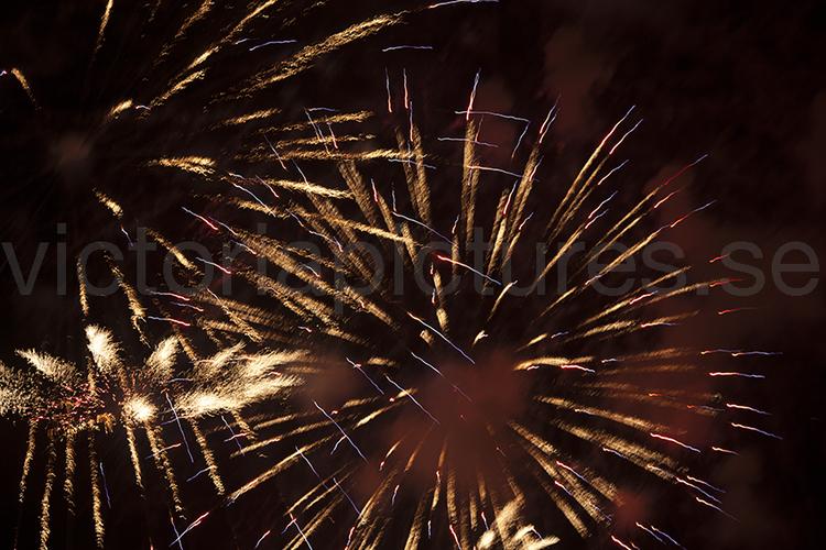 Fireworks red