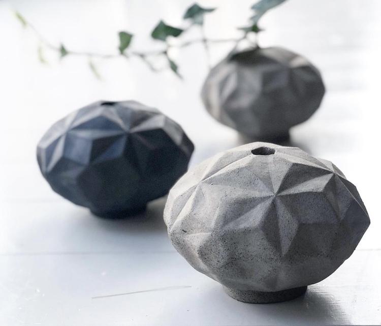 Origamivas liggande