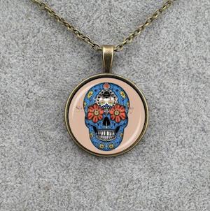 DEAD FLOWERS - Medaljonghalsband med blå skalle
