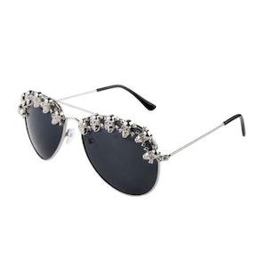 WAITIN´ ON A SUNNY DAY - Solglasögon med små dödskallar