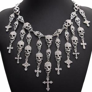 GET IT ON - Glittrigt halsband i silverplätering