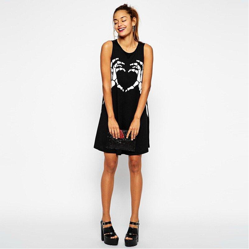 LOVE HURTS - Klänning med skeletthänder <3