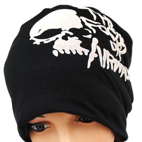 TOP HAT - Pösig svart mössa med dödskalle