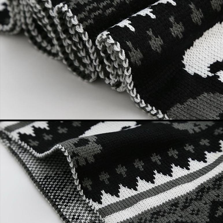 THUNDER - Lång halsduk med döskallar