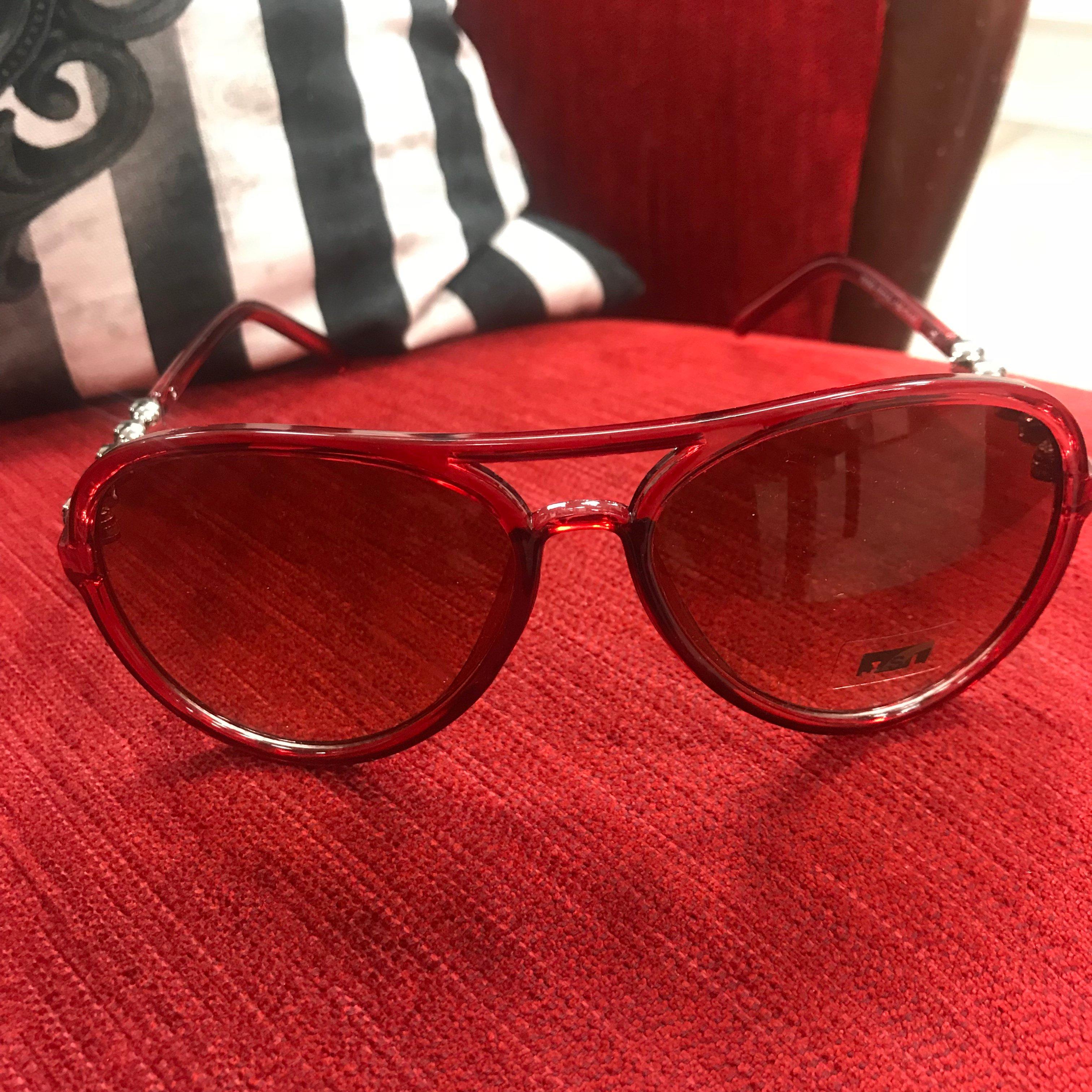 ROCK N' ROLL - Röda solglasögon