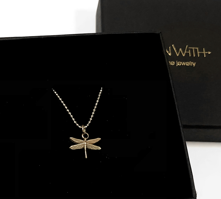 Dragonfly necklace 18k gold