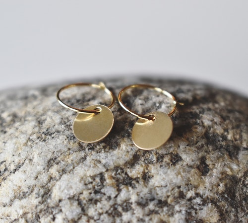 Simple earring 14k gold