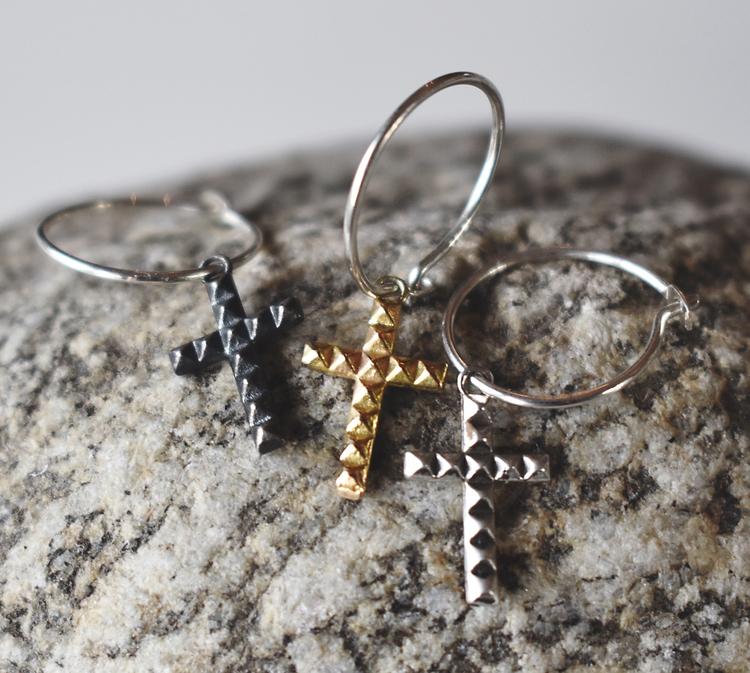 Cross earring 18k gold