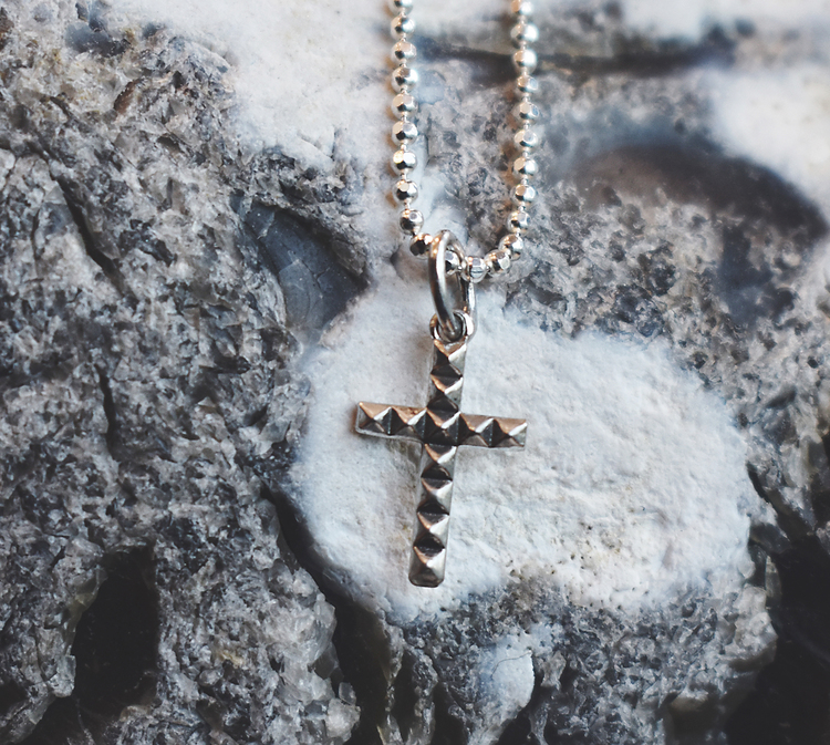 Cross necklace oxidized