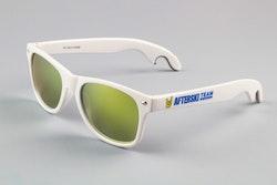 Solglasögon med ölöppnare
