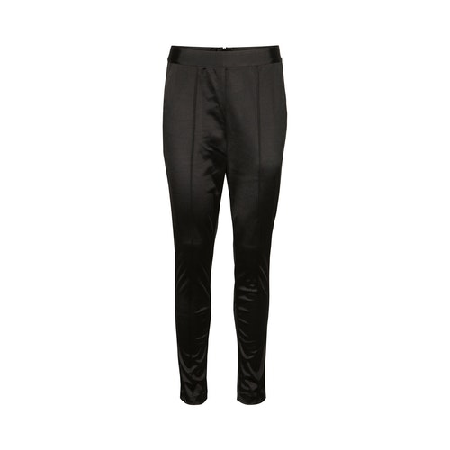Sofie Schnoor  black pants