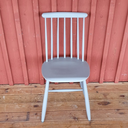 """Matsalsbord + 10 stolar """"Gästabud"""""""