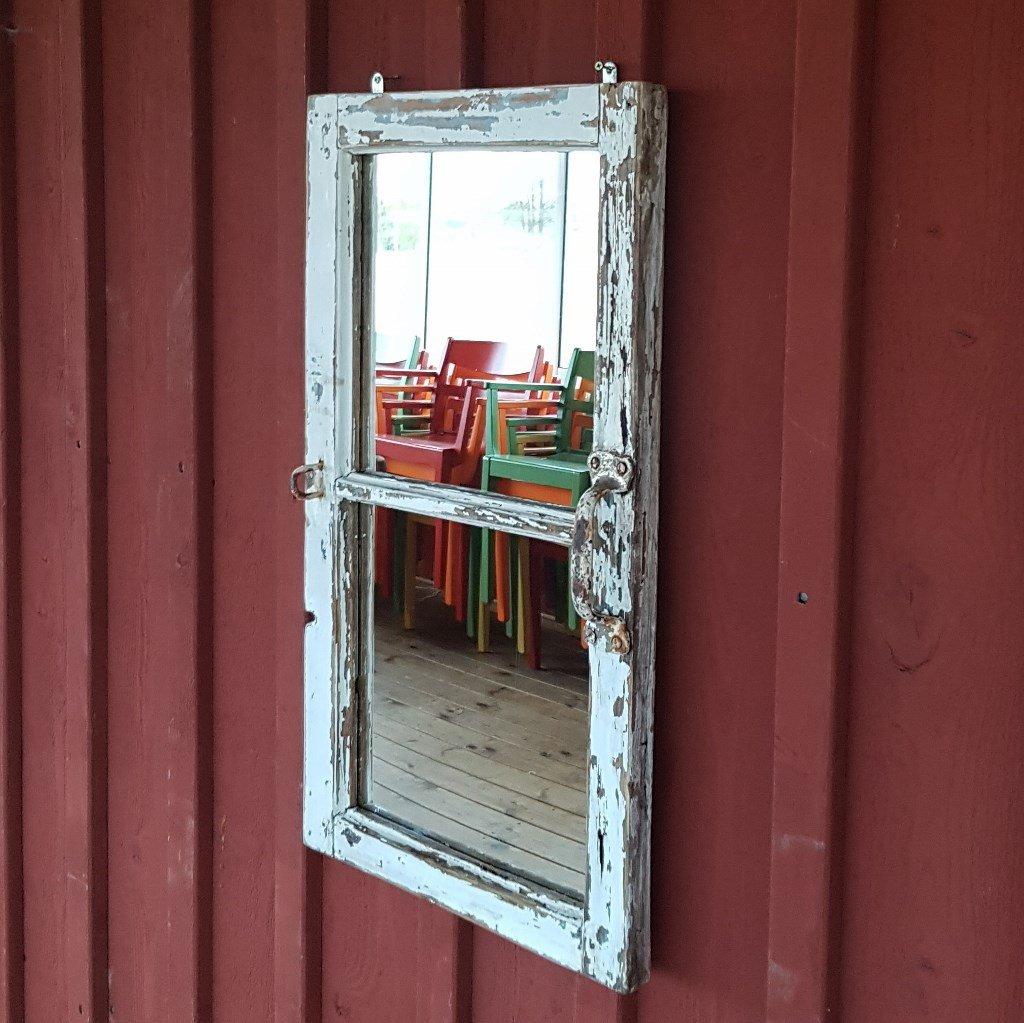 """Spegel """"Stallfägring"""""""