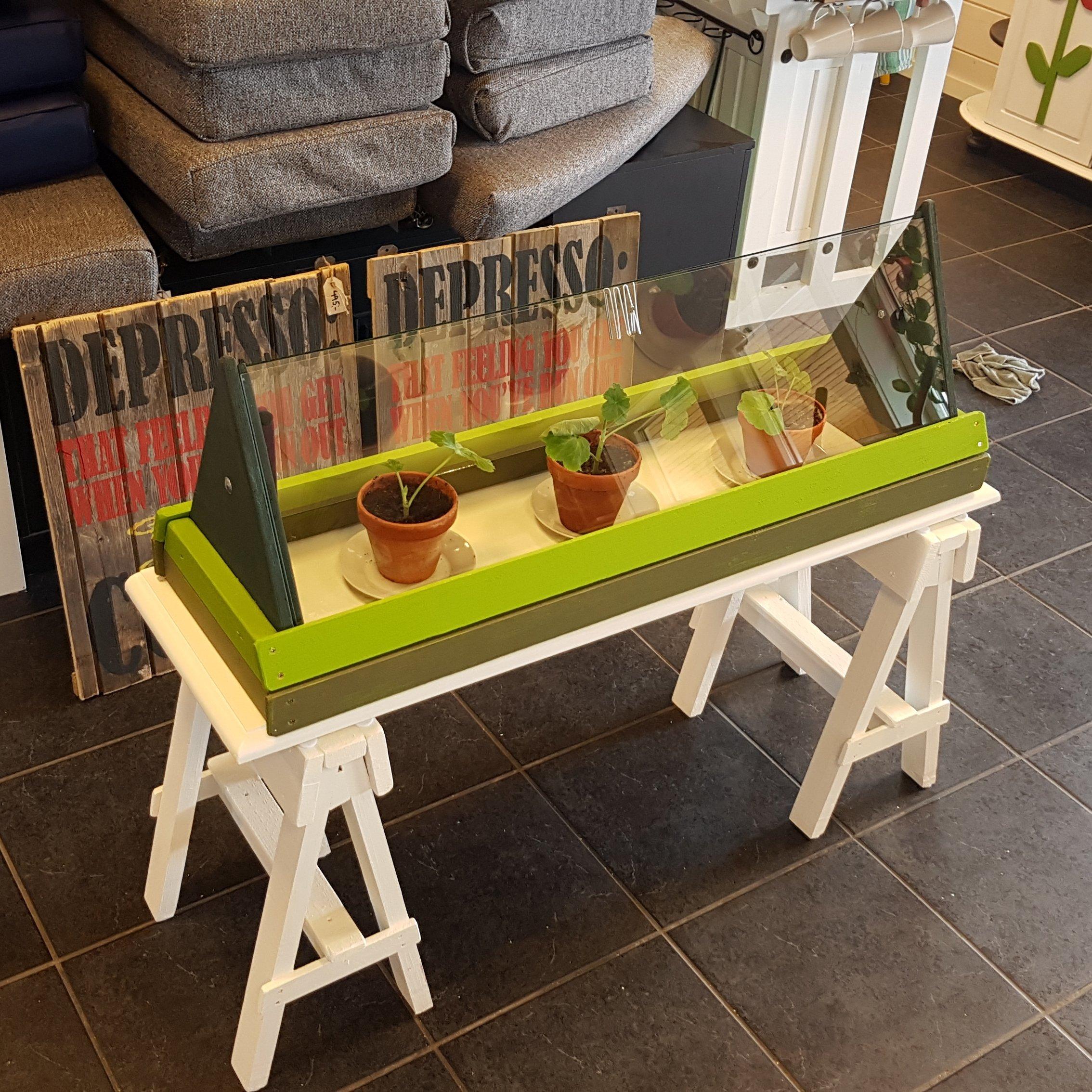 "Drivhus odla ""Green garden"""
