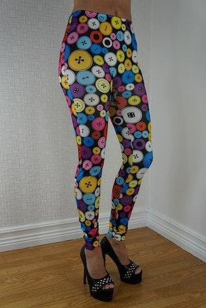 Leggings med färgglada knappar
