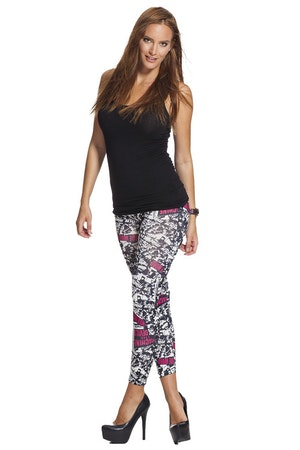 Wild Wide World Leggings