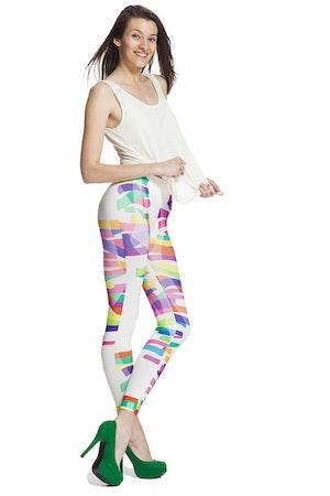 Vita leggings med färg glada ränder