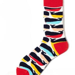 Färgglada mönstrade strumpor sockar