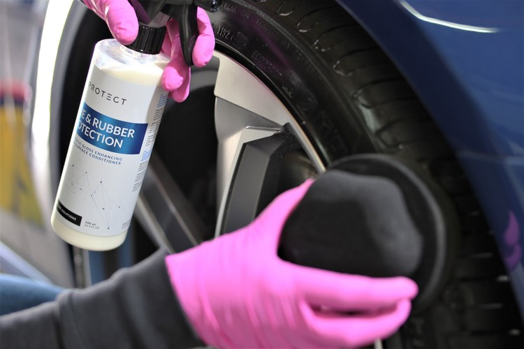 TYRE & RUBBER PROTECTION FX PROTECT 1 Liter