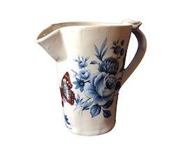 Handgjord keramik kanna