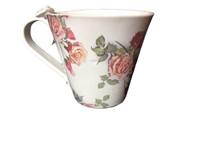Handgjord keramikmugg humla