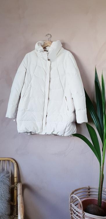 Zara vinterjacka storlek Large