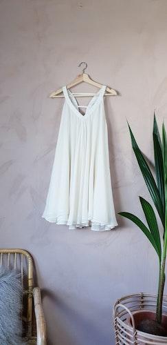 Second Female klänning storlek S/M