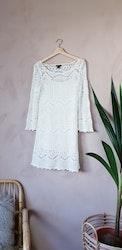 H&M virkad klänning storlek medium