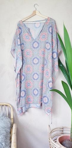 H&M strandklänning storlek onesize