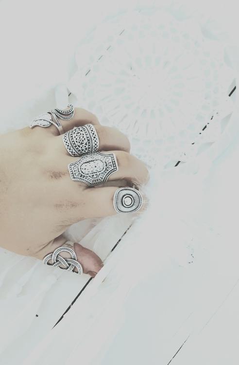 Bohemisk ring- nummer två