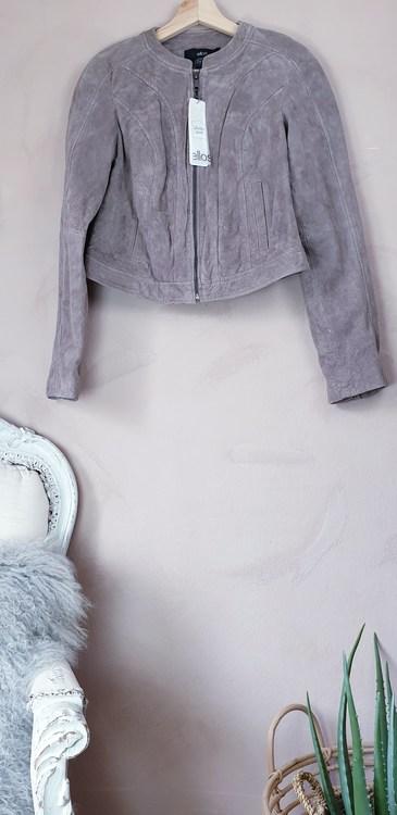 Ellos skinnjacka i äkta läder storlek medium