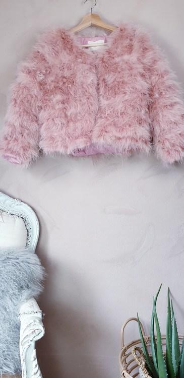 Rosa Fjäderjacka i strutspäls storlek medium