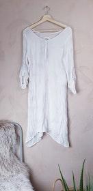 Fira klänning storlek Medium (märkt Large)